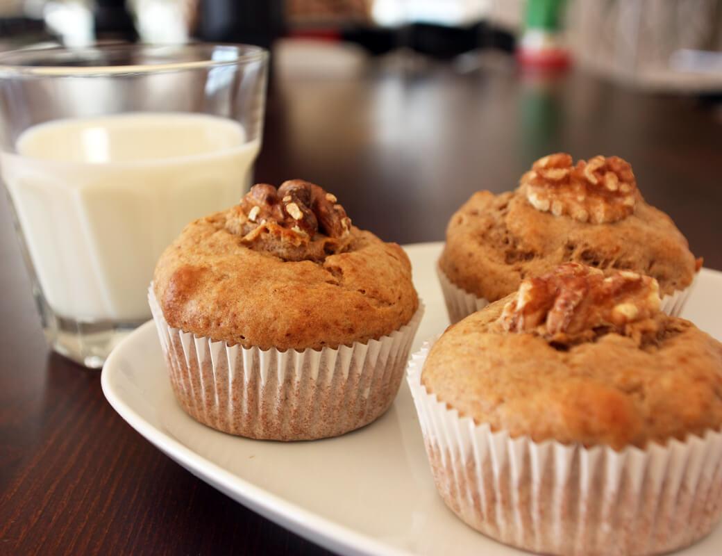 rezept f r gesunde bananen walnuss muffins. Black Bedroom Furniture Sets. Home Design Ideas