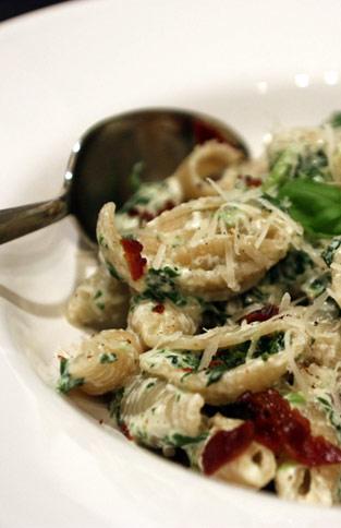 Rezept für selbstgemachten Ricotta mit Pasta