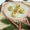 Zimt-&-Kardamom-Schnecken-by-flowers-on-my-plate