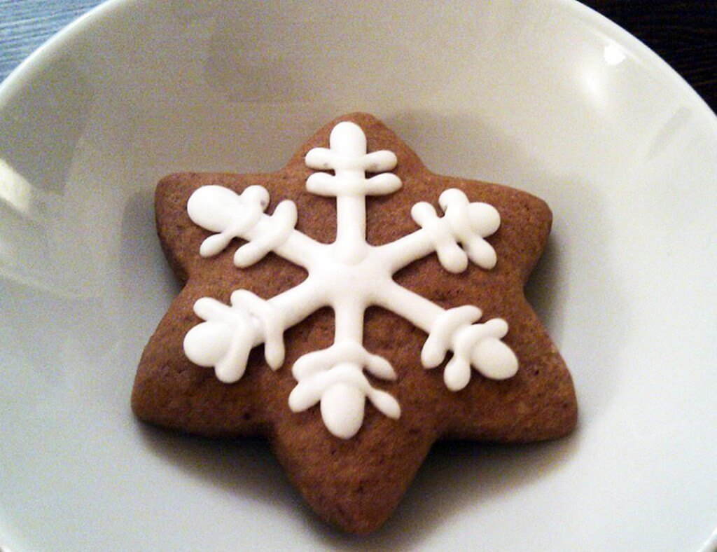 Lebkuchen Kekse {flowers on my plate}